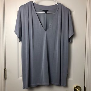 Lucky Brand Los Angeles Size Lg Gray V-Neck Blouse